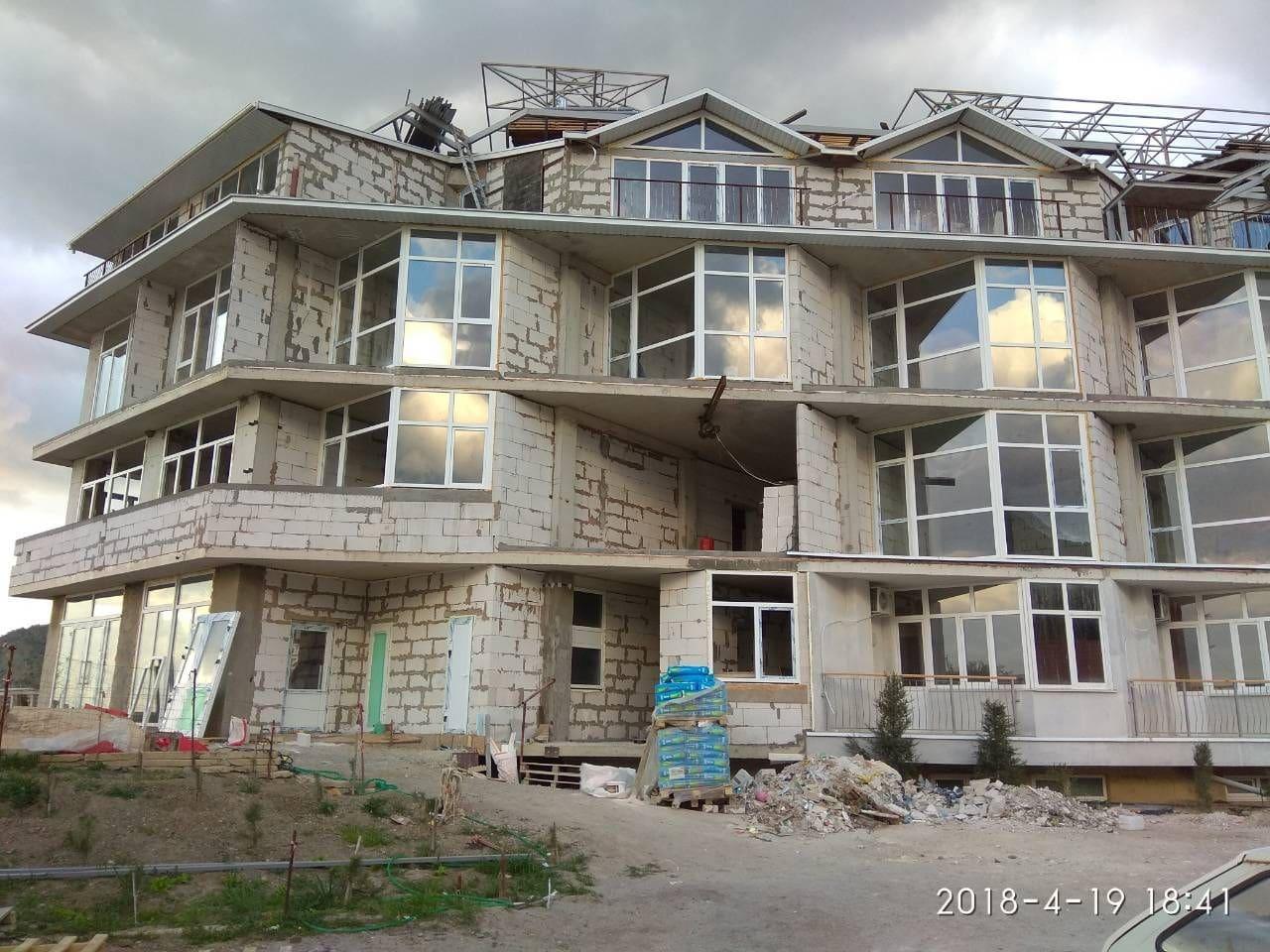 Остекление окнами ВПХ гостиничного комплекса
