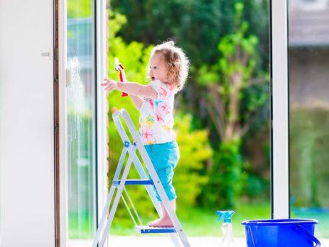 Лето ― время ухаживать за окнами