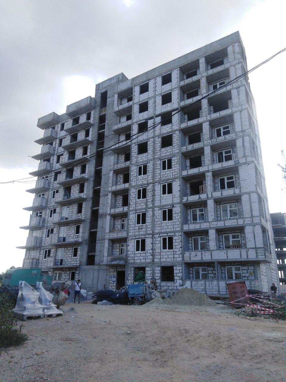 Остекление многоэтажного дома Севастополь