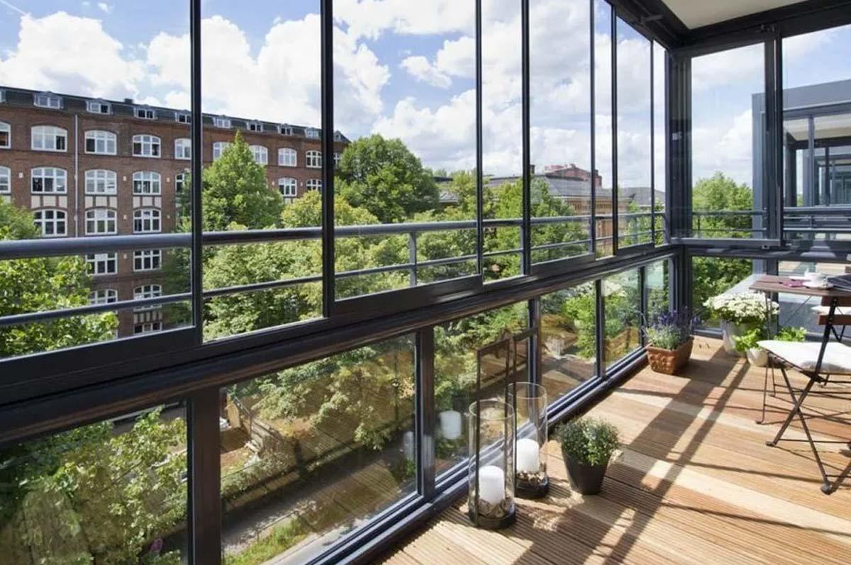 Пластиковые окна и двери для балкона и лоджии